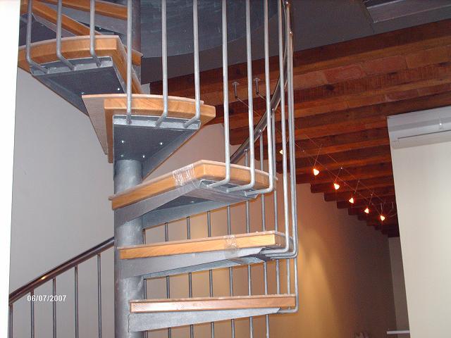 Inox ferro s l cat logo escaleras caracol - Precio escalera caracol ...